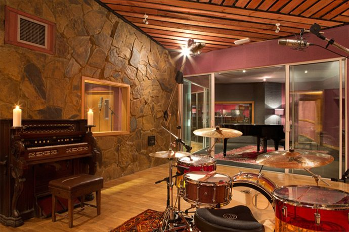 Tracking tonstudio music room for Music room in house